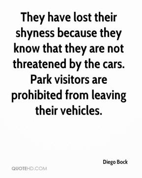 Diego Bock - They have lost their shyness because they know that they are not threatened by the cars. Park visitors are prohibited from leaving their vehicles.
