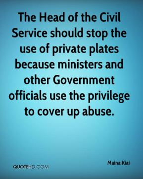 Maina Kiai  - The Head of the Civil Service should stop the use of private plates because ministers and other Government officials use the privilege to cover up abuse.